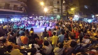 Du ca đường phố Hà Nội - Khán giả hát hay quá