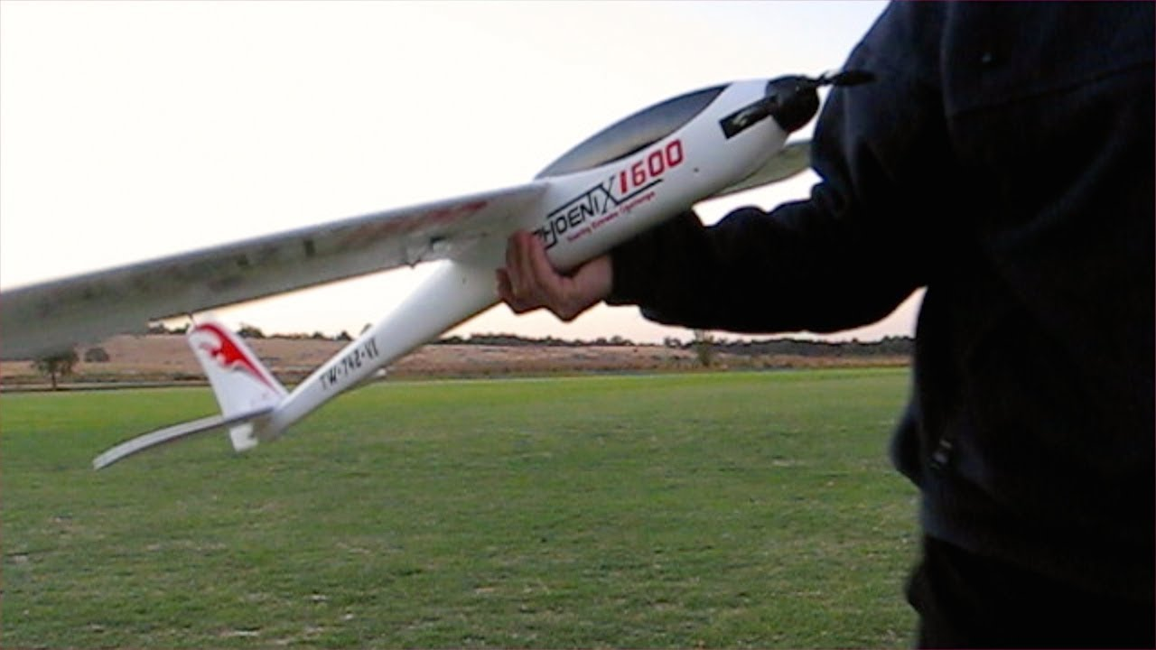 Phoenix 1600 Epo Composite Glider Episode 4 With Axn Motor Youtube