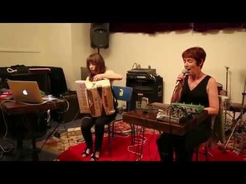 Andrea Parkins & Viv Corringham - at Douglass Street Music Collective, Brooklyn - Aug 13 2013