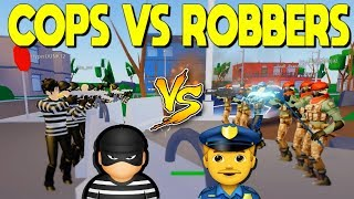 Cops VS Robbers In Strucid (Roblox)
