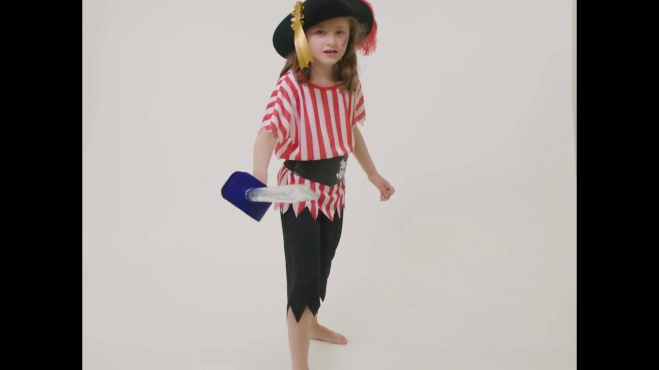 fabriquer une p e de pirate comment r aliser un costume de pirate snazaroo youtube. Black Bedroom Furniture Sets. Home Design Ideas