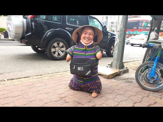 Được Việt kiều giúp trả hết nợ, chị Thuận cụt 2 tay, 2 chân mừng không nói nên lời