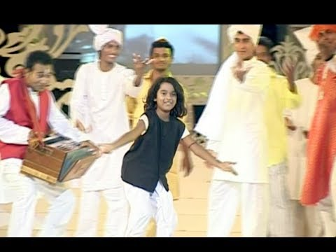 Child Artiste Performs On A Song From Marath Classic Film Kunku - Marathi News