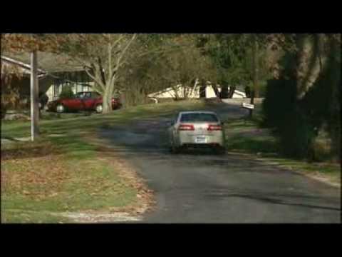 Motorweek Video of the 2006 Lincoln Zephyr