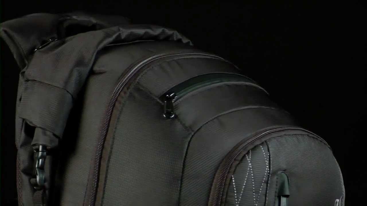 Dakine Section Wet Dry 40L Pack - YouTube
