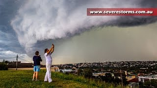 Severe storm strikes Sydney with hail and lightning