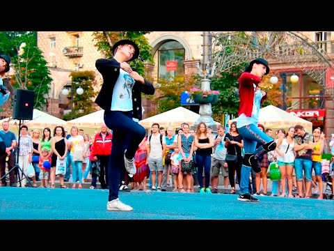 Flashmob Happy Birthday Michael Jackson, 4