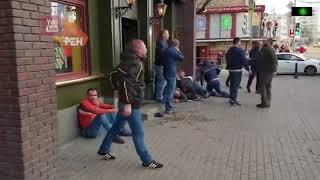 Смотреть видео Драка фанатов Спартак и ЦСКА в Москве на станции метро 1905 года онлайн