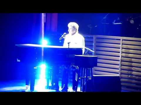 Barry Manilow Mandy  at FedEx Forum Memphis TN 02202016