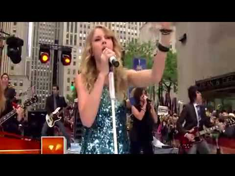 Taylor Swift You Belong With Me Live On...