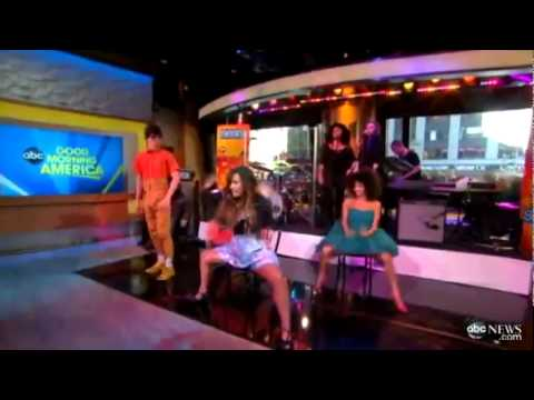 Demi Lovato Whos That  Boy (live at good morning america )