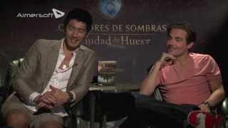 Kevin Zegers y Godfrey Gao hablan de CAZADORES DE SOMBRAS