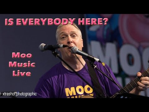 Is Everybody Here? by Moo Music - Live at Win Vin - 9th July 2016