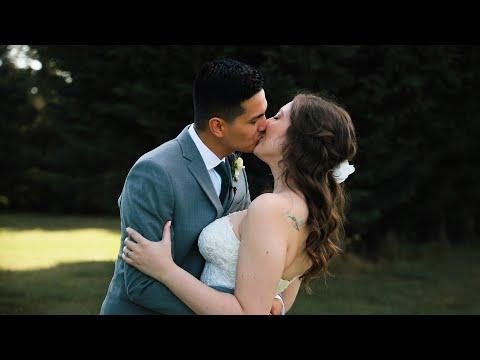 Vancouver WA Wedding // Ali + Emily thumbnail