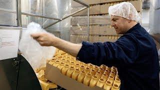 Så görs Johnnys senap - på besök i senapsfabriken