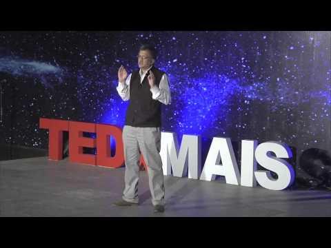 Gandhi's enduring legacy: Ramachandra Guha at TEDxMAIS