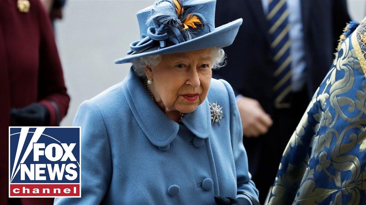 Live: The Queen addresses the UK on coronavirus