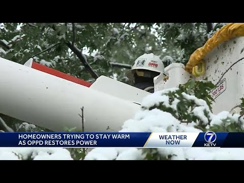 Homeowners trying to stay warm as OPPD restores power