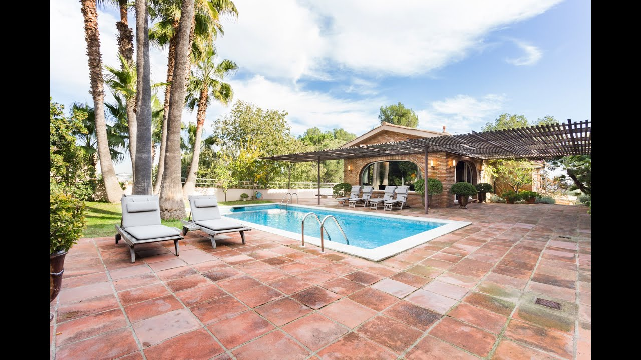 Fabulous house with swimming pool for sale in Pedralbes Barcelona