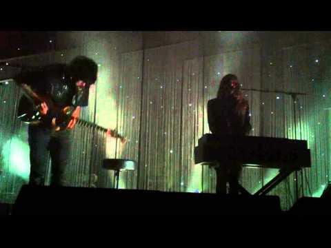 Beach House - Astronaut live at the Glass House