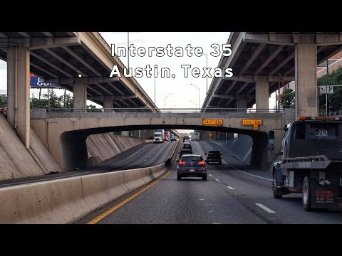 2017/04/18 - Interstate 35 - Austin, Texas At Night