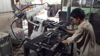 Xưởng cơ khí Tân Khải Hoàn-Máy hàn Robot Panasonic