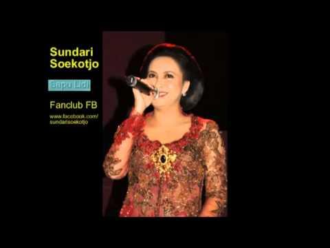 Free Download Sapu Lidi - Sundari Soekotjo Mp3 dan Mp4