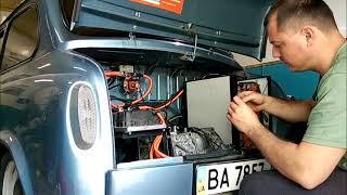 видео: Мотор Nissan Leaf в ЗАЗ 965 ( горбатий запорожец)  DIY electric car