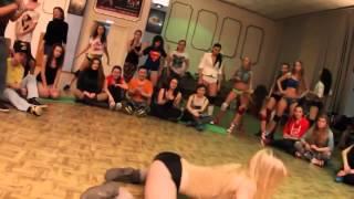 ГОЛЫЕ и СПОРТИВНЫЕ ДЕВУШКИ !!! Naked and athletic girl(Здесь вы можете смотреть самые смешные видео приколы со всего мира, приколы с девушками, драки девушек,..., 2015-12-08T17:53:04.000Z)