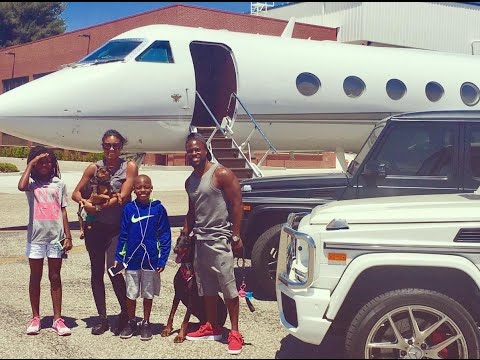 Kevin Hart Family Take Private Jet On Vacation