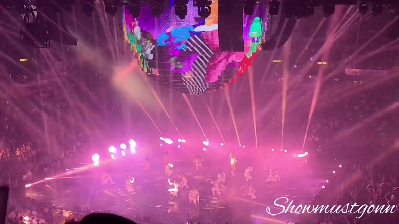 容祖兒-跑步機上/Pretty Crazy@ PRETTY CRAZY JOEY YUNG CONCERT TOUR 容祖兒演唱會 2019.08.08 - YouTube