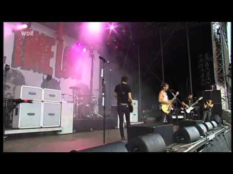 all time low - break your little heart (live  @ Area4 2010)