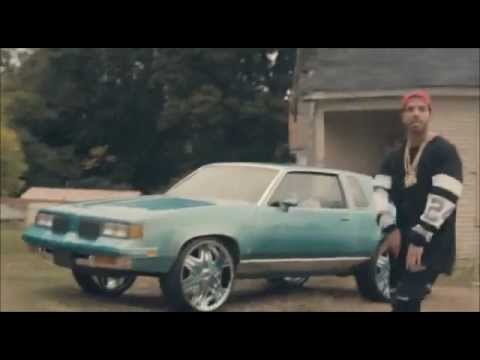 Young Money - Trophies (Explicit) ft. Drake