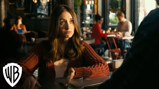 How To Be Single - Peanuts (Anders Holm, Alison Brie)