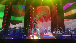 Luis Fonsi - Calypso (en vivo Love and Dance world tour 2018) version completa
