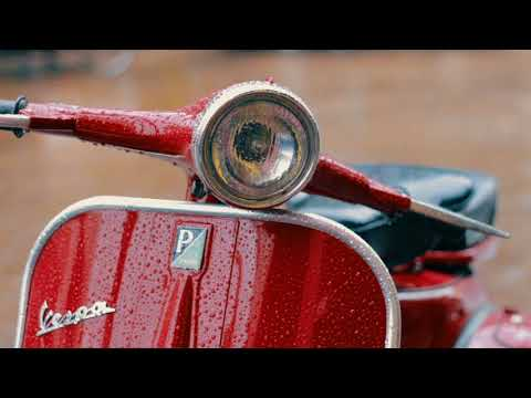 "Red Vespa ""karen""  VBB 1964 | Vintage look | Bandung"