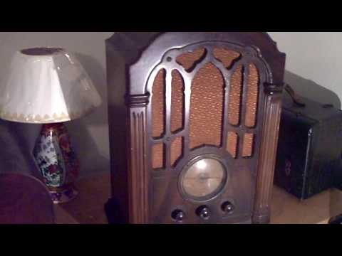 RCA Model 140 Antique Radio