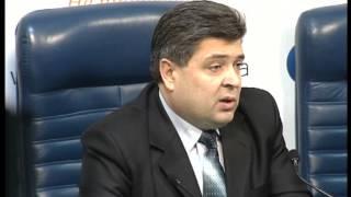 В Украине начали войну против таксистов-нелегалов(, 2013-01-25T14:21:36.000Z)