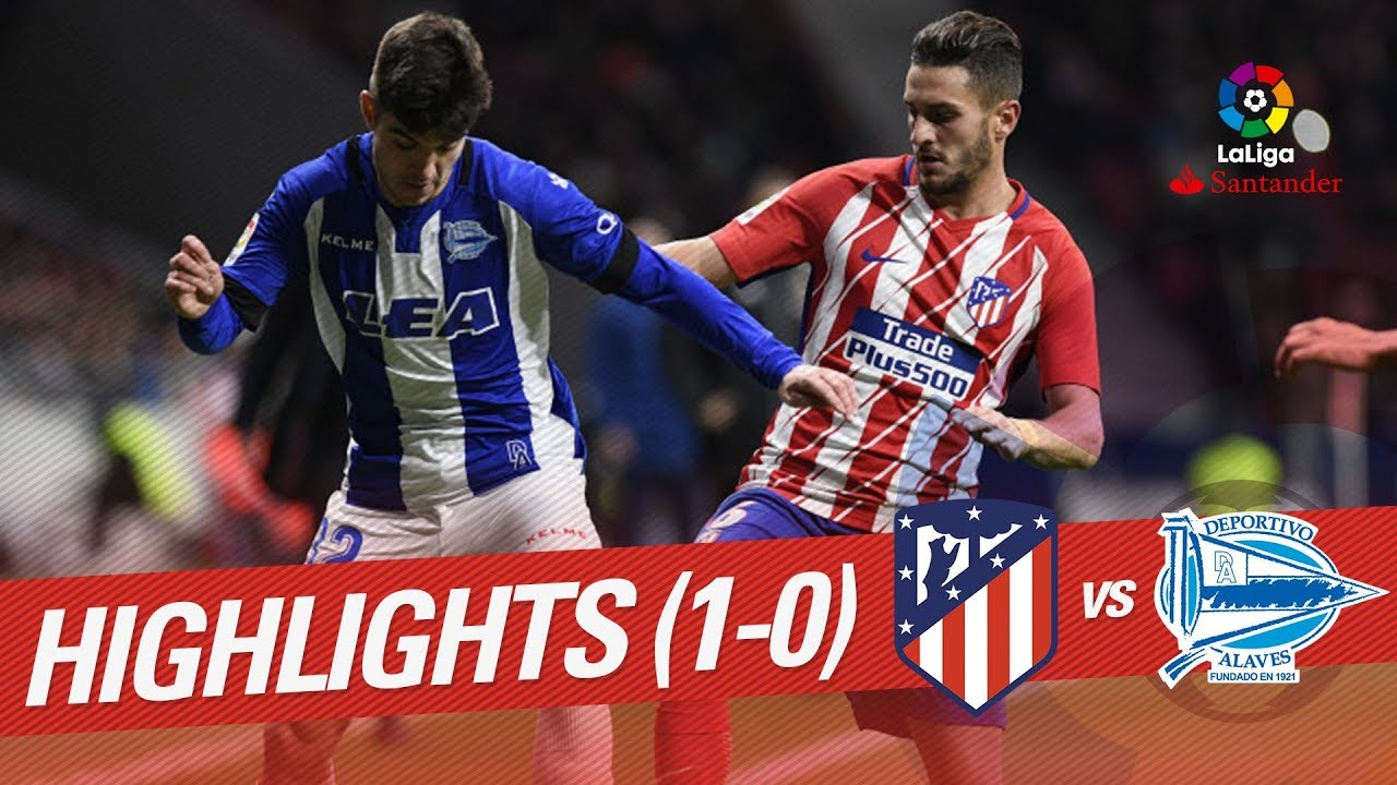Sime Vrsaljko Photos Photos - Deportivo Alaves v Club ...  |Atlético Madrid--alavés