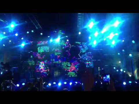 COLDPLAY MESSING UP SONG ON JIMMY KIMMEL FEB 2012