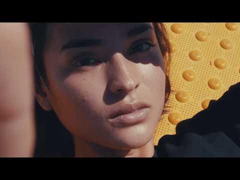 FLOSSTRADAMUS , DILLON FRANCIS & Cesqeaux -  BackTernUp (MUSIC VIDEO)