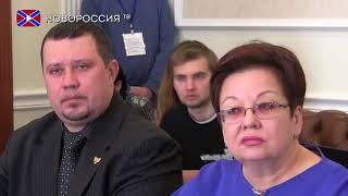 Глава ДНР Александр Захарченко поздравил с 25 и летием  ДонАУиГС при главе ДНР