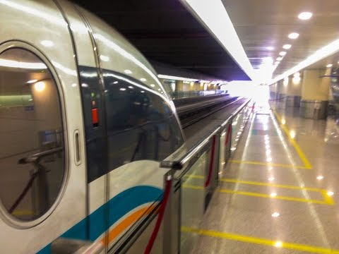 The Shanghai Maglev Train accelerating to 431kmph
