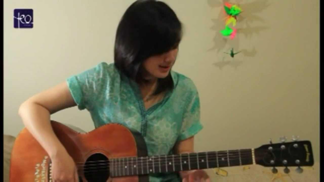Belajar Akustik Gitar Mungkinkah Stinky Youtube