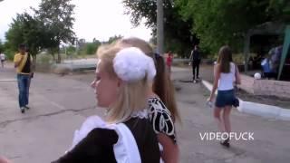 Суровые Луганские школьницы