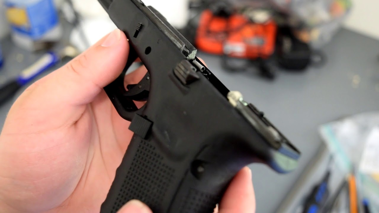 how to addjust hop up on a GBB Pistol (we-tech Glock)