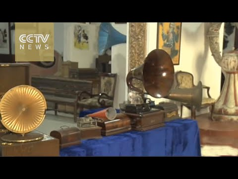 Private gramophone collection in China's Dalian goes public