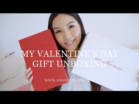 My Valentine's Day Gift Unboxing♥ | ANGELBIRDBB