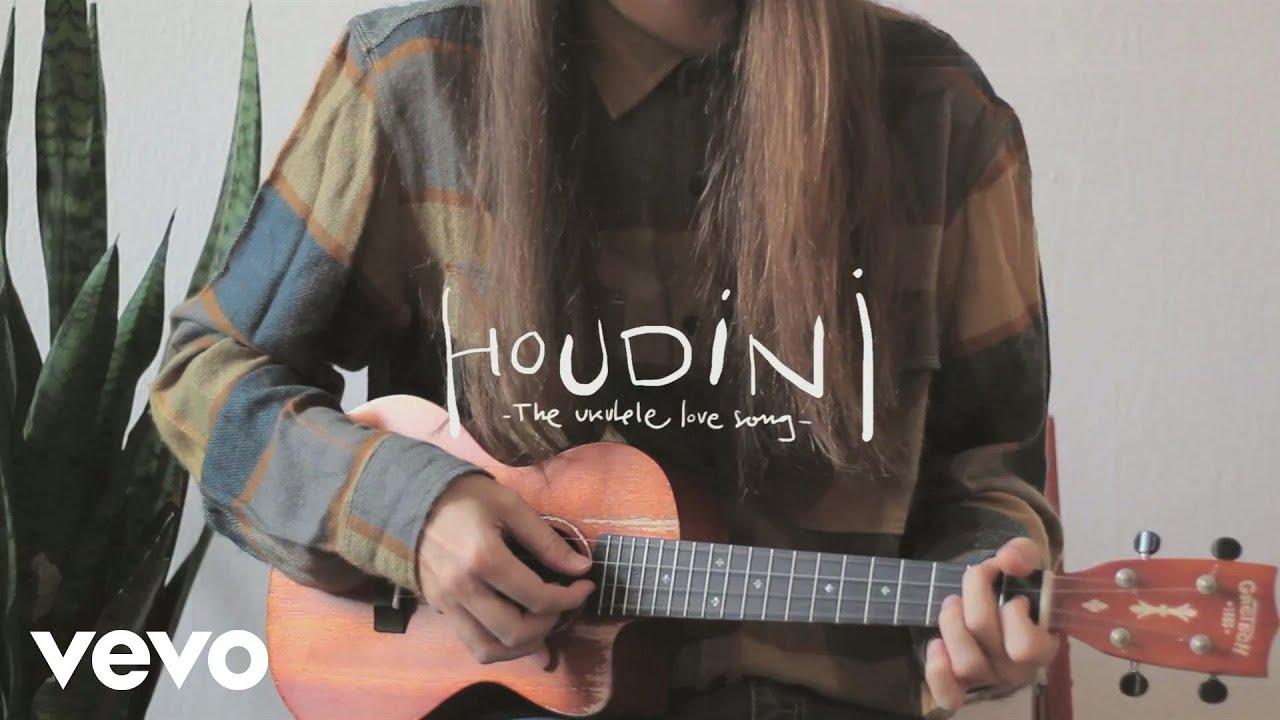 Carlos Sadness - Houdini (Ukelele Love Song)