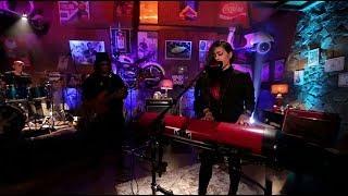 Download Video Kikan - Serasa (Live at Music Everywhere) ** MP3 3GP MP4